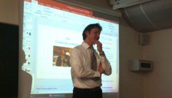 Director del Instituto de Economía dictó charlas en Europa