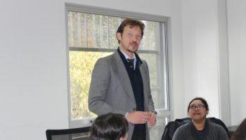 Académico de FACEA dictó charla sobre cuestiones económicas de la crisis ecológica-ambiental.