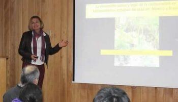 Investigadora brasileña dictó curso de restauración de ecosistemas forestales